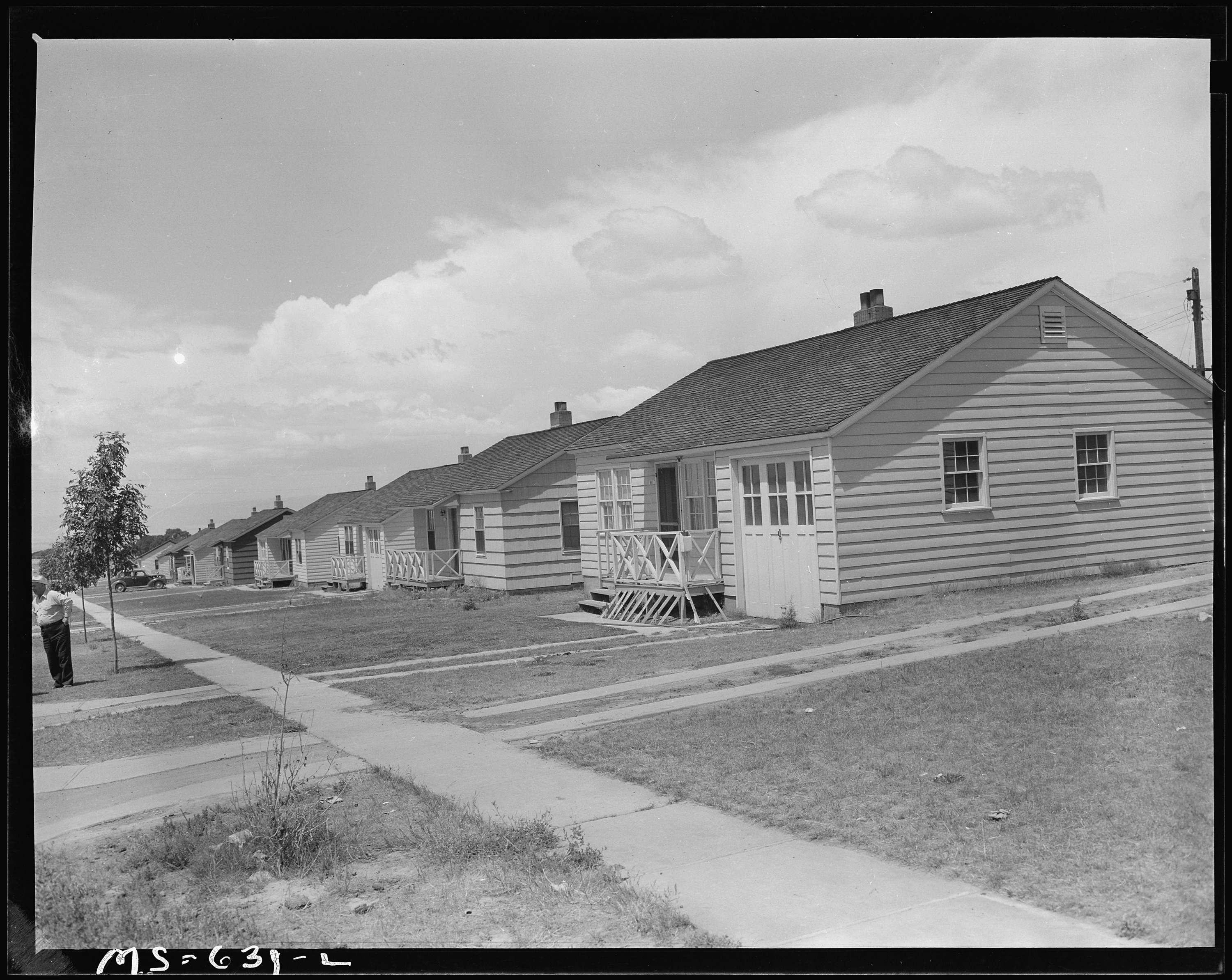 file some of the houses on this government housing project many