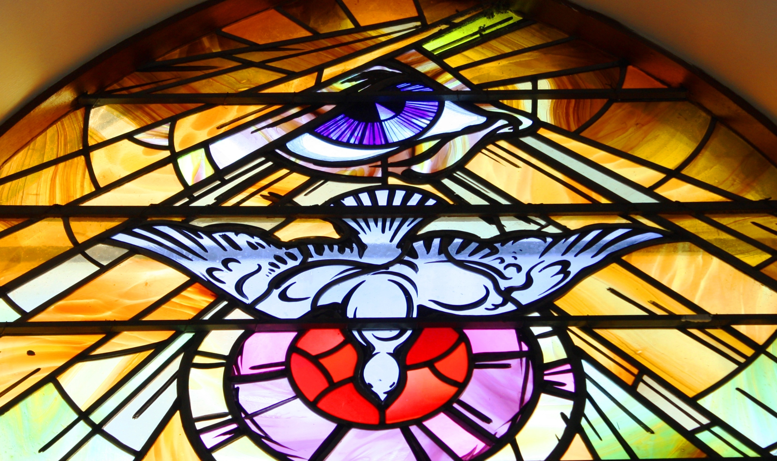file:stained glass, holy family church, teconnaught, september 2010