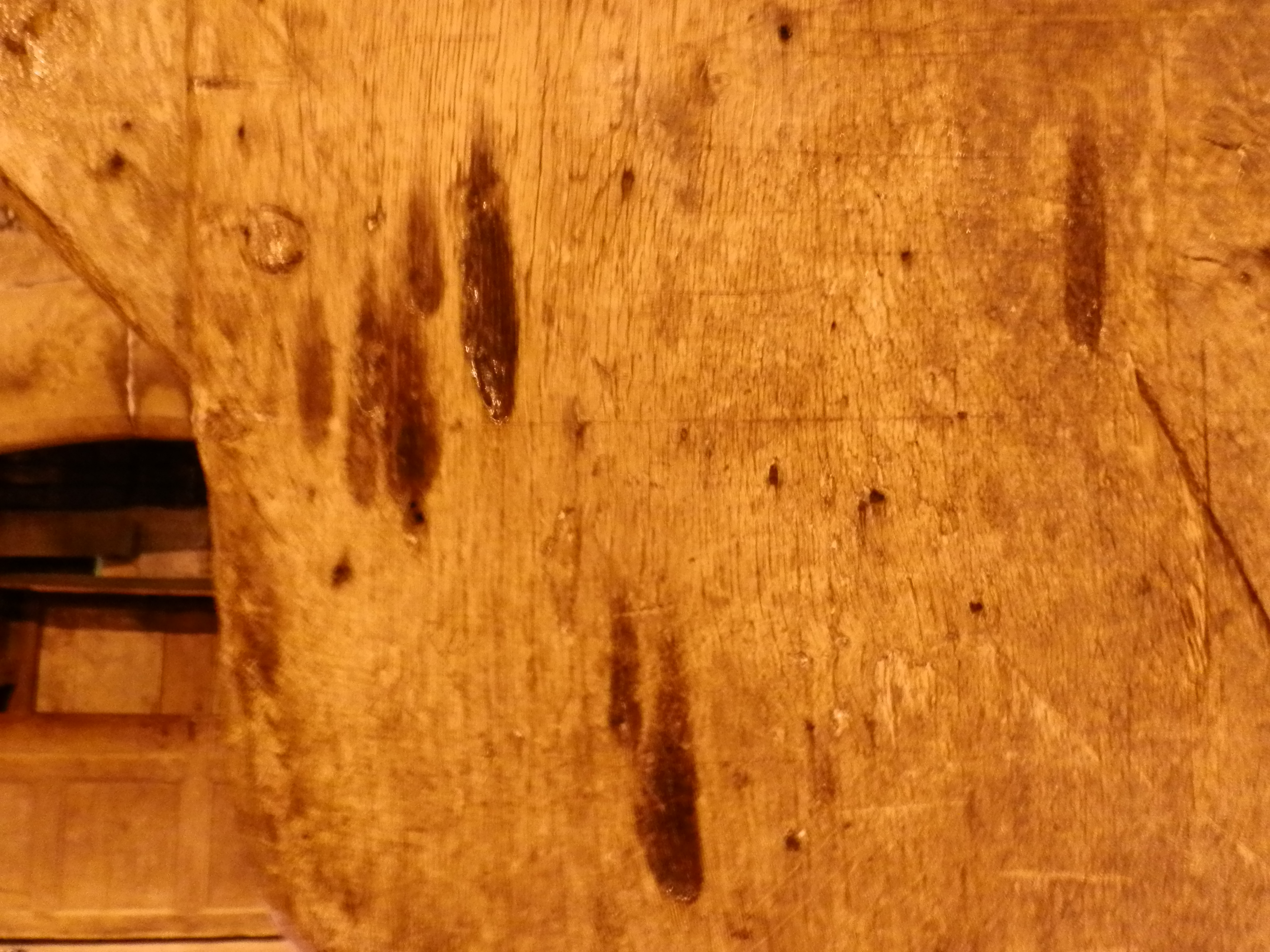 An image of Taper burn marks at Haddon Hall by Delusion23.