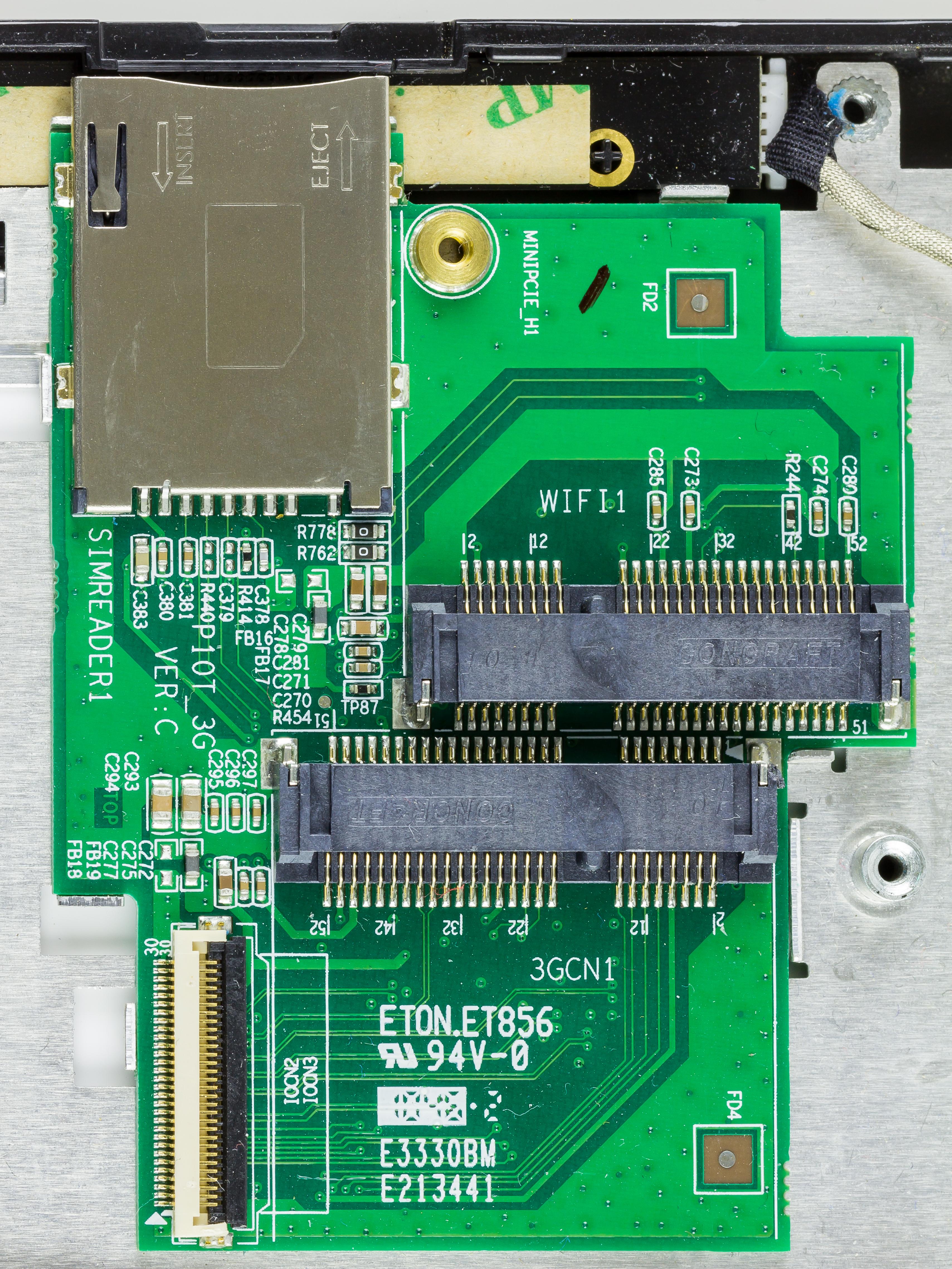File:Terra Pad 1050 - SIM reader and Mini PCIe card module-1123.jpg ...