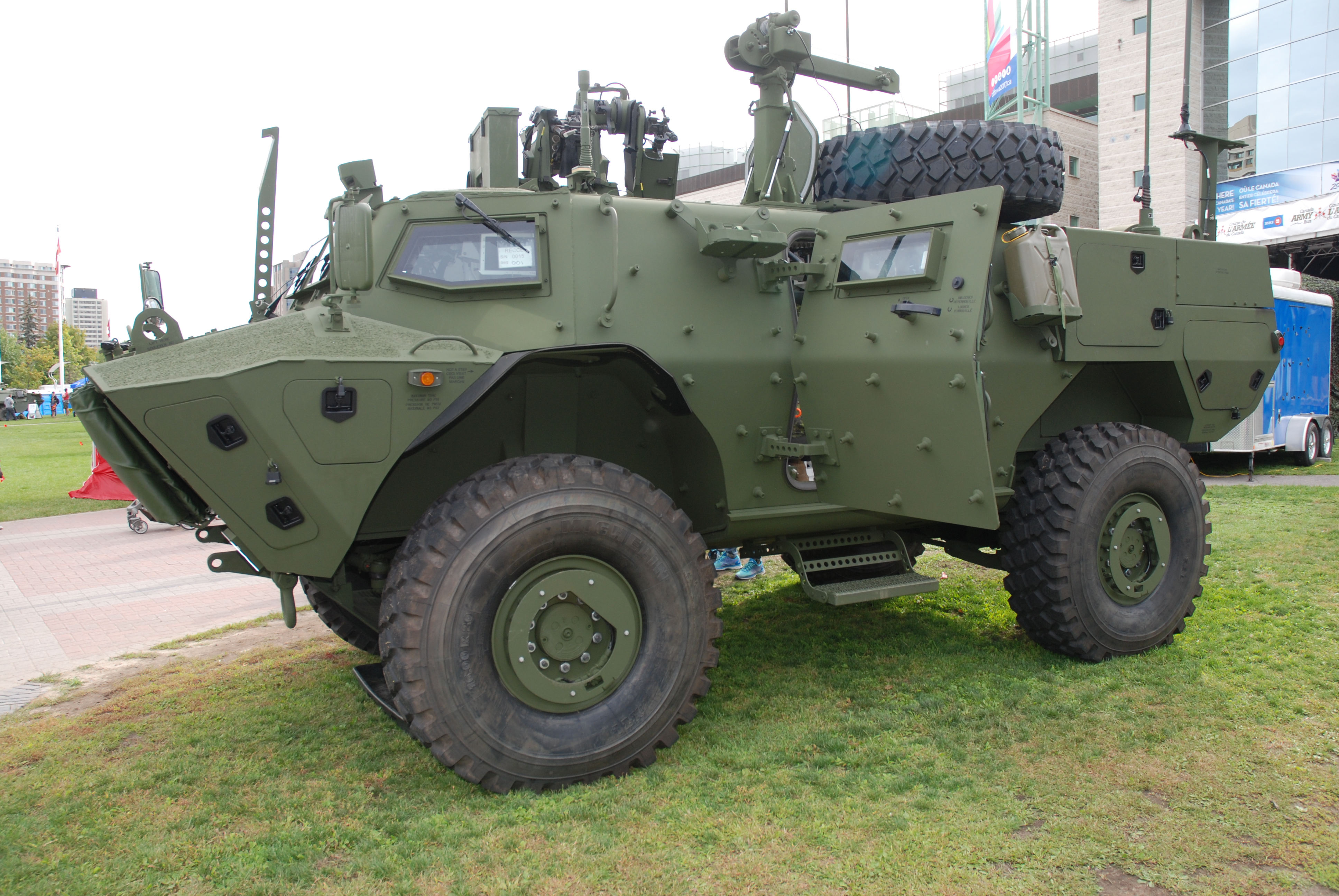 Military Vehicles For Sale Canada >> Textron Tactical Armoured Patrol Vehicle Wikipedia