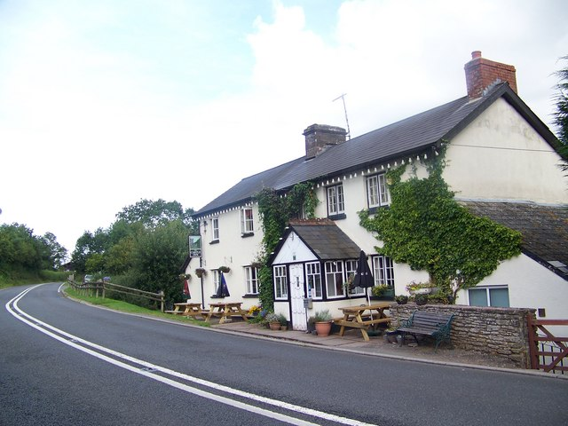 The Castle Inn, Pengenffordd - geograph.org.uk - 552933