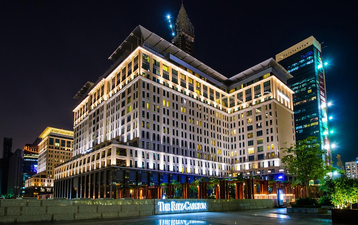 The Ritz Carlton, Dubai; Beach resorts in Dubai