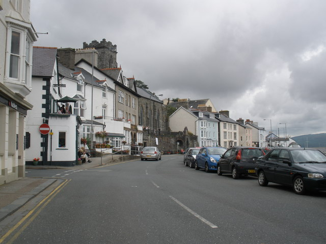 The seafront, Aberdovey - geograph.org.uk - 1415556