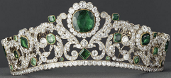 The Duchess of Angouleme's emerald-and-diamond tiara, made in 1820 and currently in the Louvre Tiaraang.png