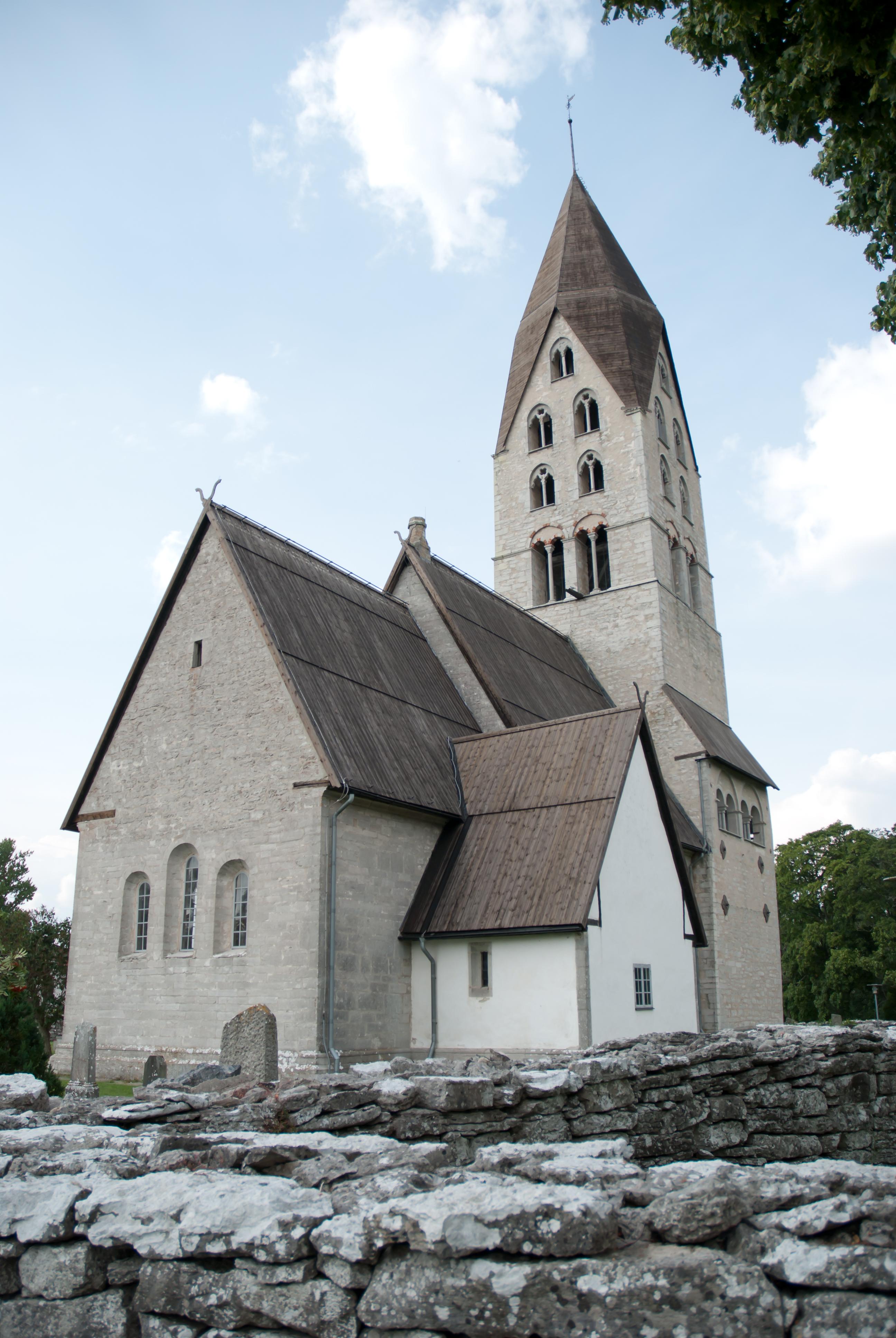 Bild av Tingstäde kyrka
