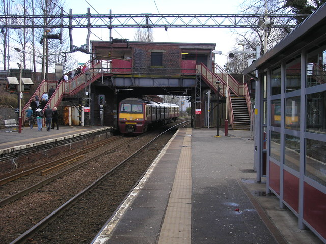 Delwedd:Train leaving Singer Station - geograph.org.uk - 1203785.jpg