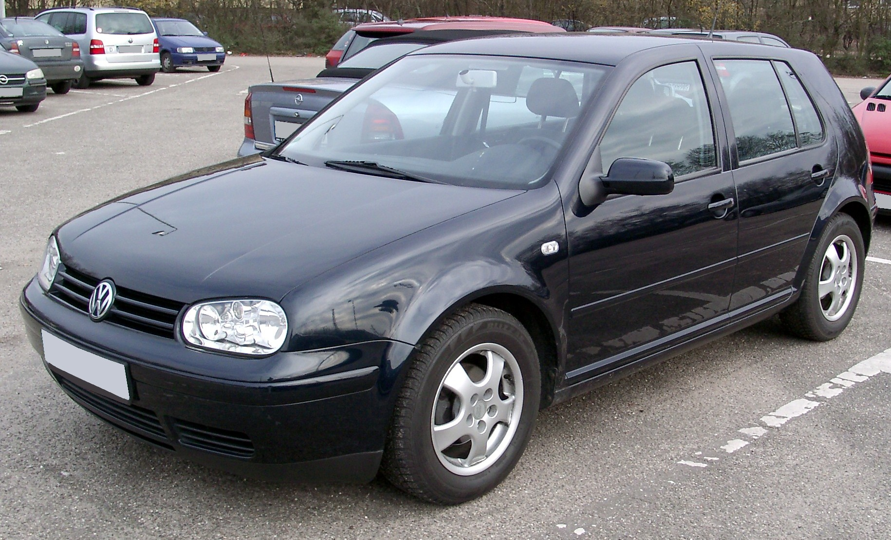 File vw golf iv front wikimedia commons - Entraxe golf 4 ...