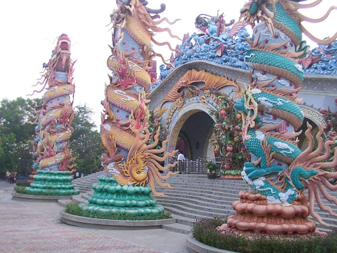10 Weirdest Theme Parks Around the World | HuffPost