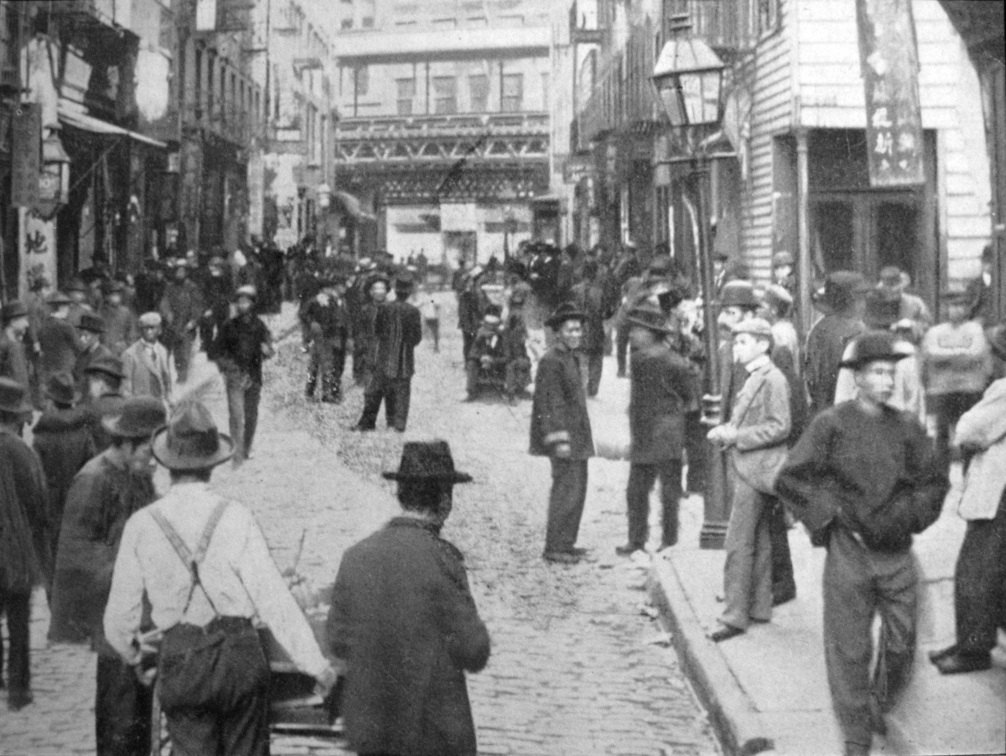 File:1899 Chinatown on Sunday - Poll street, New York, NY anagoria.