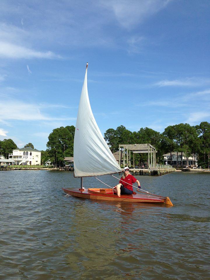 File:1953 wooden Sunfish sailboat.jpg - Wikipedia, the free ...