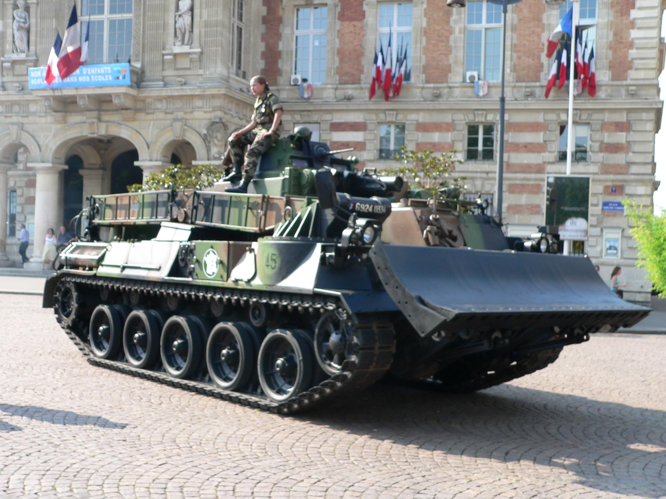veicoli speciali genio militare 20060714_defile_blindes_p1040887