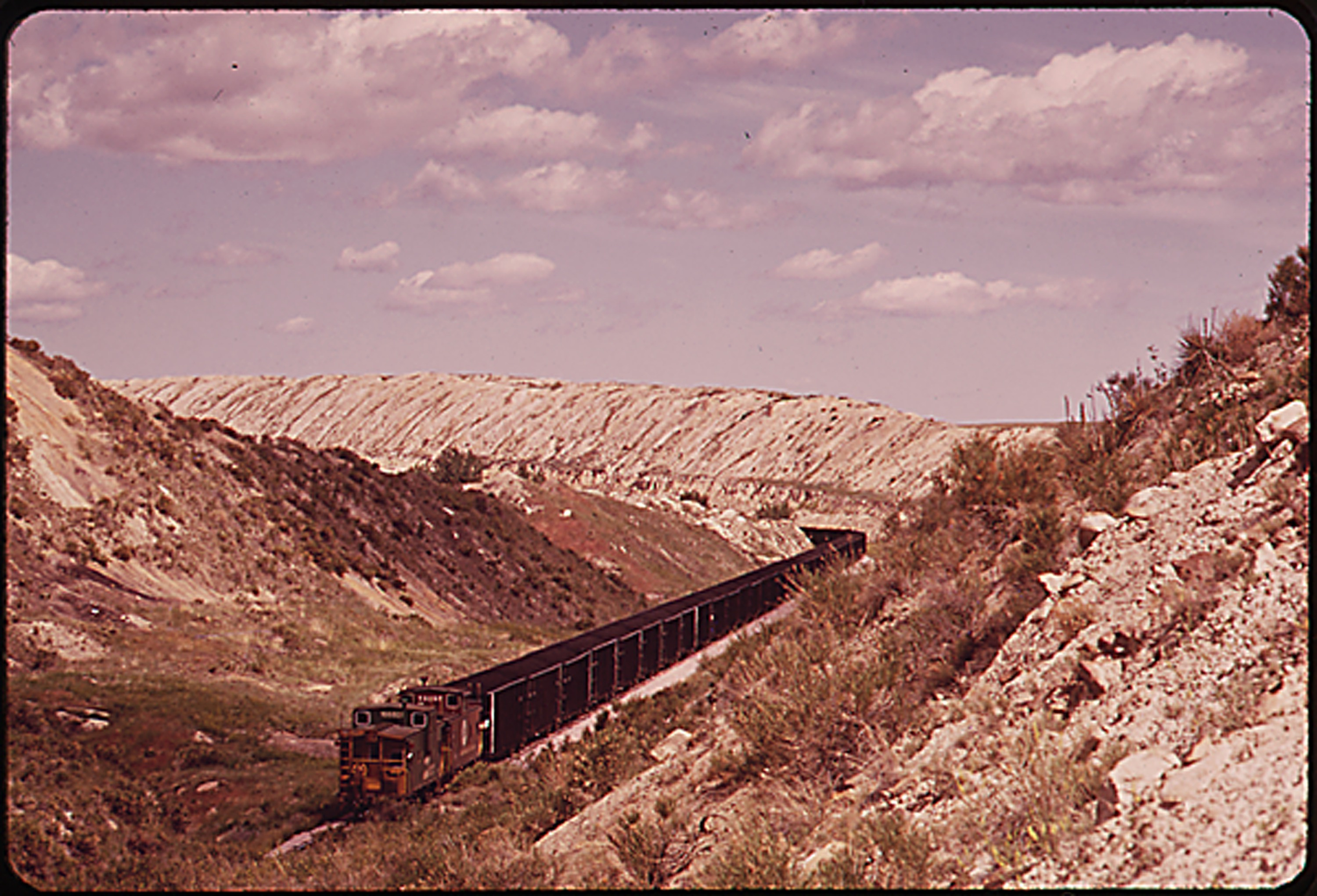Http Commons Wikimedia Org Wiki File A Trainload Of Coal From The Western Energy Mine Near Colstrip Passes Through A Landscape Of Old Strip Mining Spoil Nara 549131 Jpg
