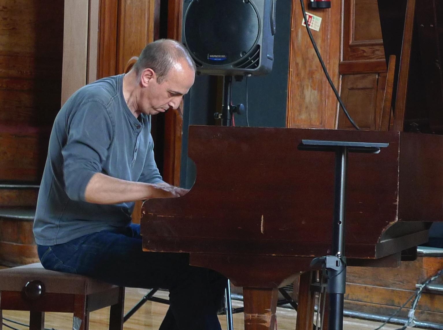 Agustí Fernández (2011)