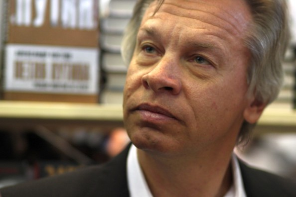 http://upload.wikimedia.org/wikipedia/commons/f/f4/Alexey_Pushkov_2.jpg