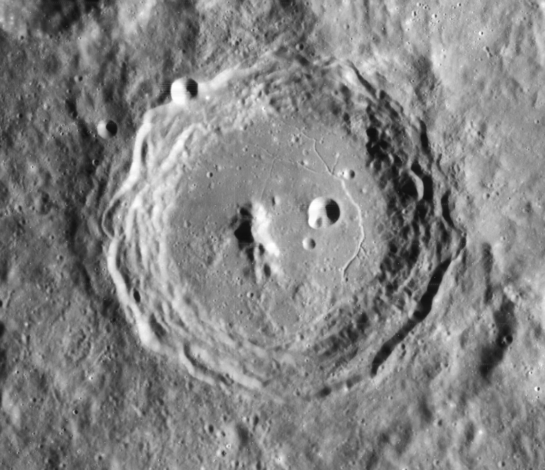 Картинки по запросу crater arzachel