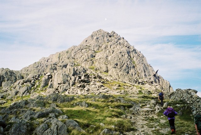 Ascent of Tryfan - geograph.org.uk - 626921