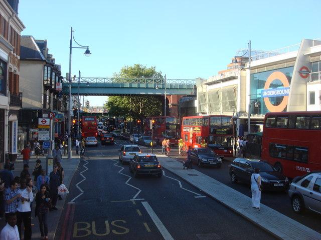 Fichier:Brixton high street.jpg