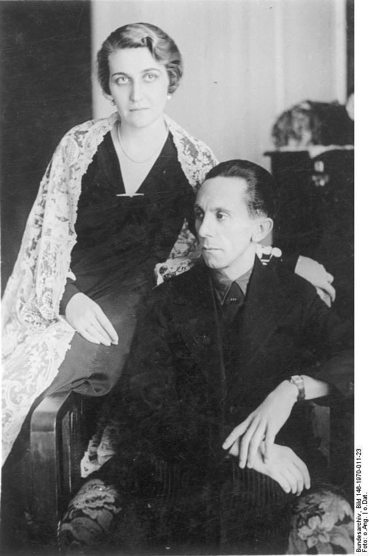 Znalezione obrazy dla zapytania Magda Goebbels and joseph goebbels