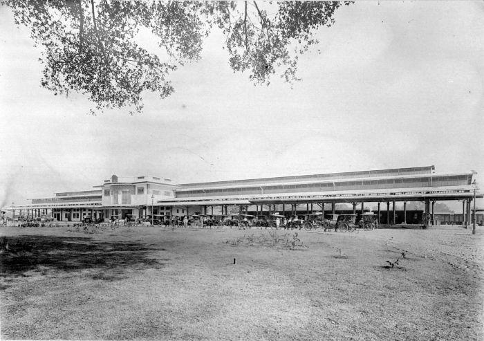File Collectie Tropenmuseum Station Semarang West Pontjol Van De