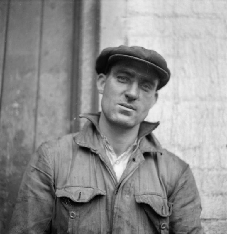 File Cecil Beaton Photographs Tyneside Shipyards 1943 Db142 Jpg Wikimedia Commons