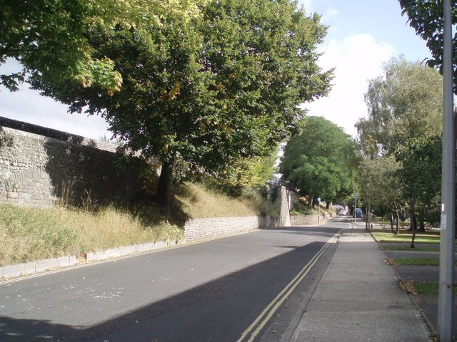 Chichester North Walls - geograph.org.uk - 1484487