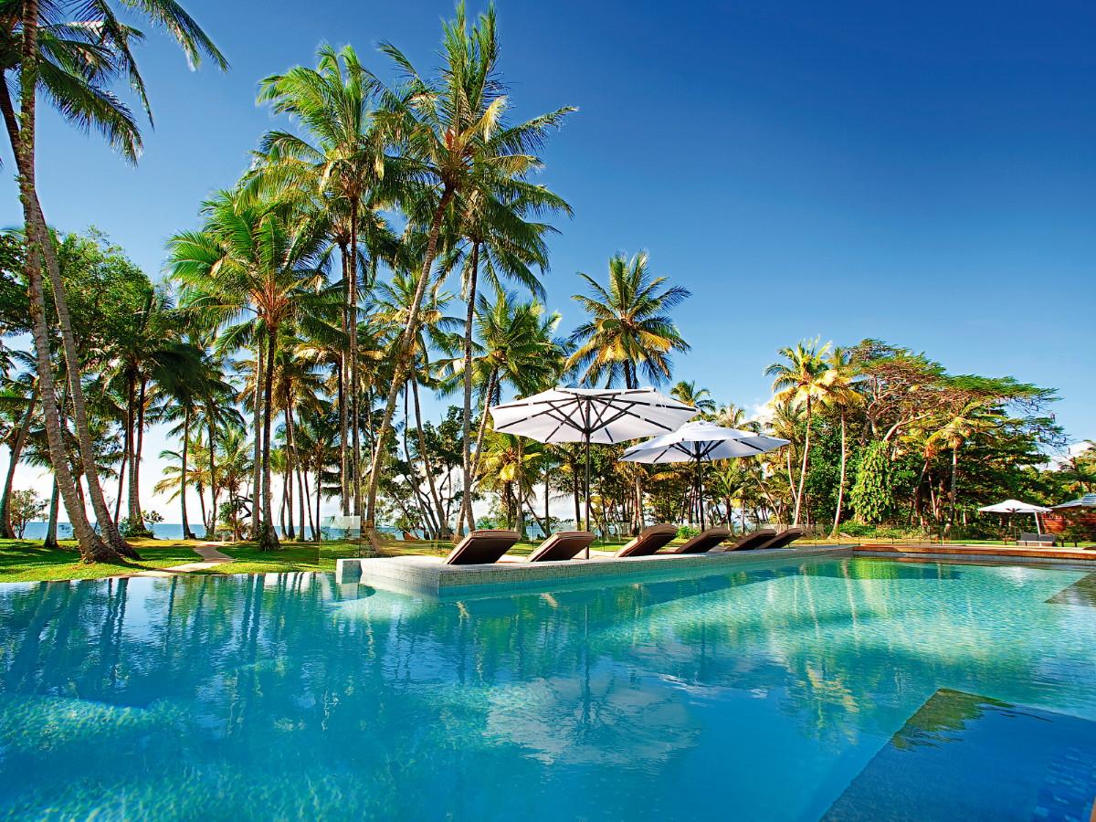 File Tail Bar Pool Castaways Resort Spa Mission Beach Queensland