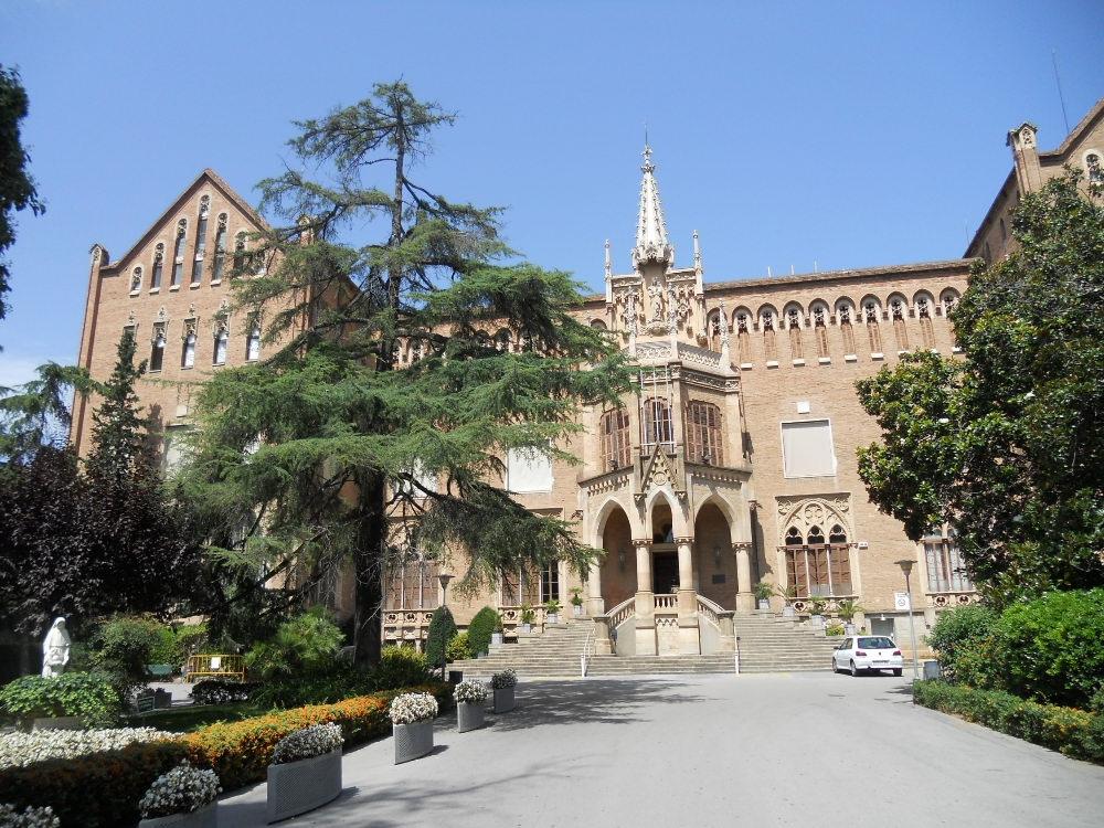Col legi de jes s maria viquip dia l 39 enciclop dia lliure - Tanatori sant gervasi barcelona ...