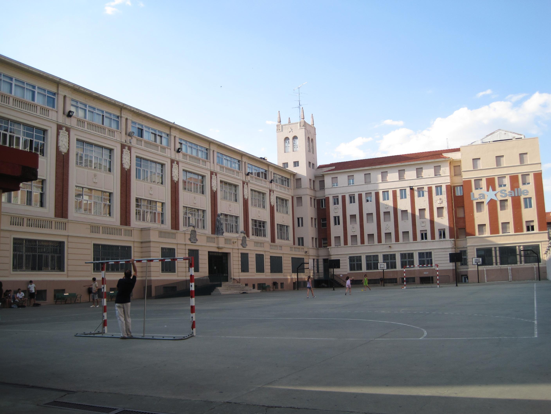 File:Colegio San Juan Bautista de La Salle, Valladolid.jpg - Wikimedia ...