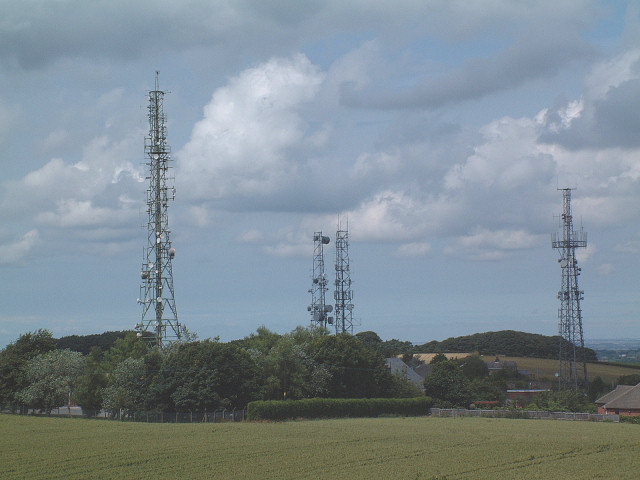 Communication masts around Billinge Hill - geograph.org.uk - 155