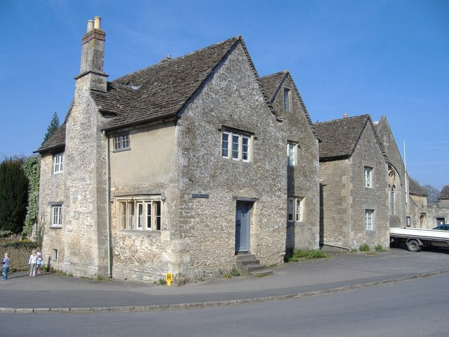 Corner of West Street and High Street, Lacock - geograph.org.uk - 389669
