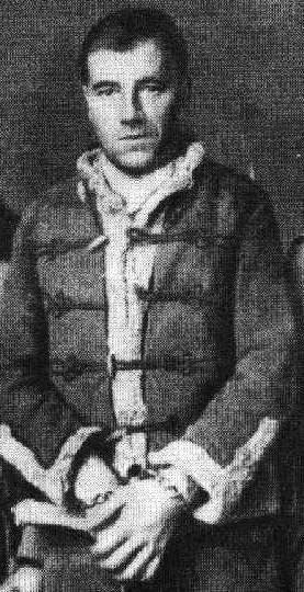 Cserny József láncra verve a Margit körúti börtönben