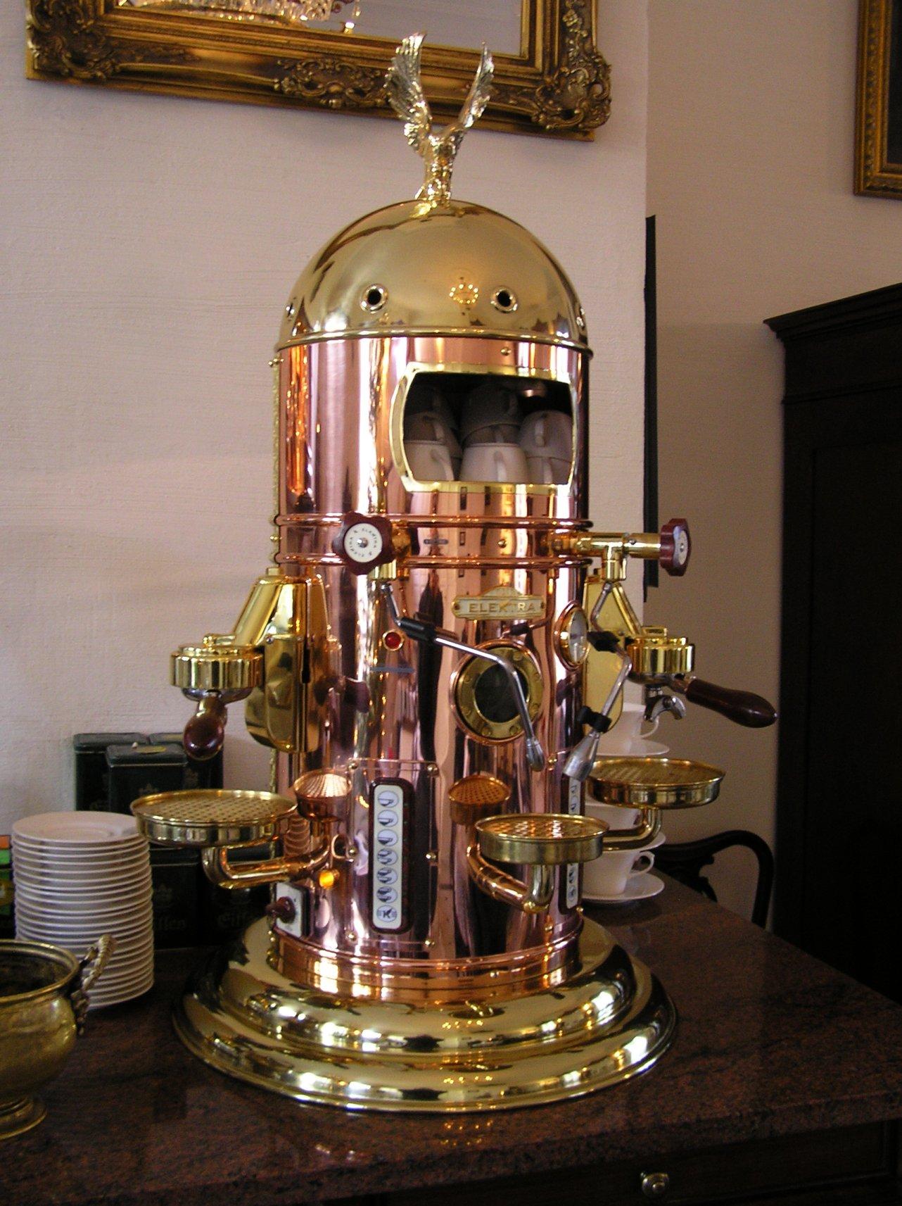 Italian Coffee Maker Grind Size : File:Espresso machine coffee rrn electra beentree.jpg - Wikimedia Commons