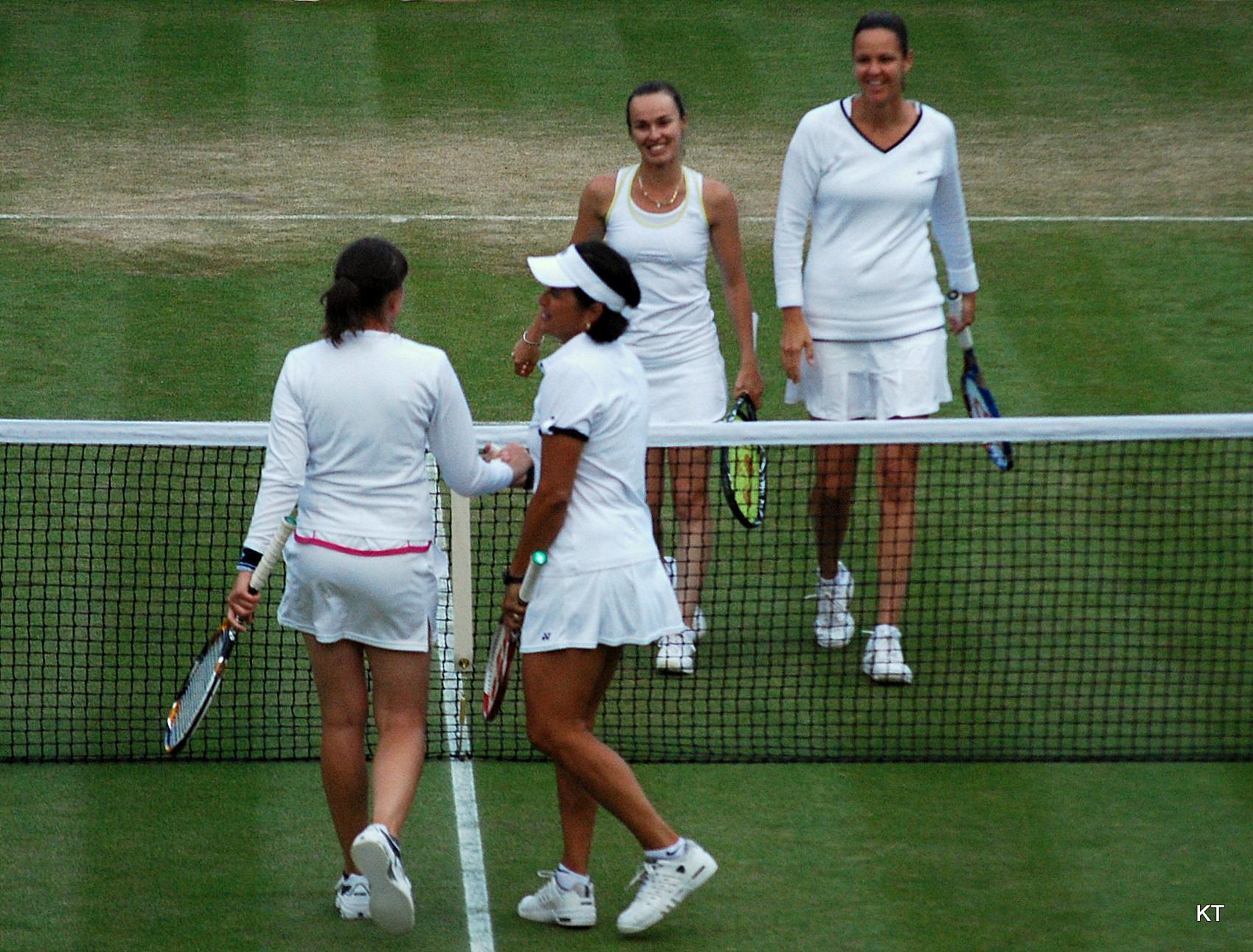 File Flickr Carine06 Martina Hingis Lindsay Davenport win