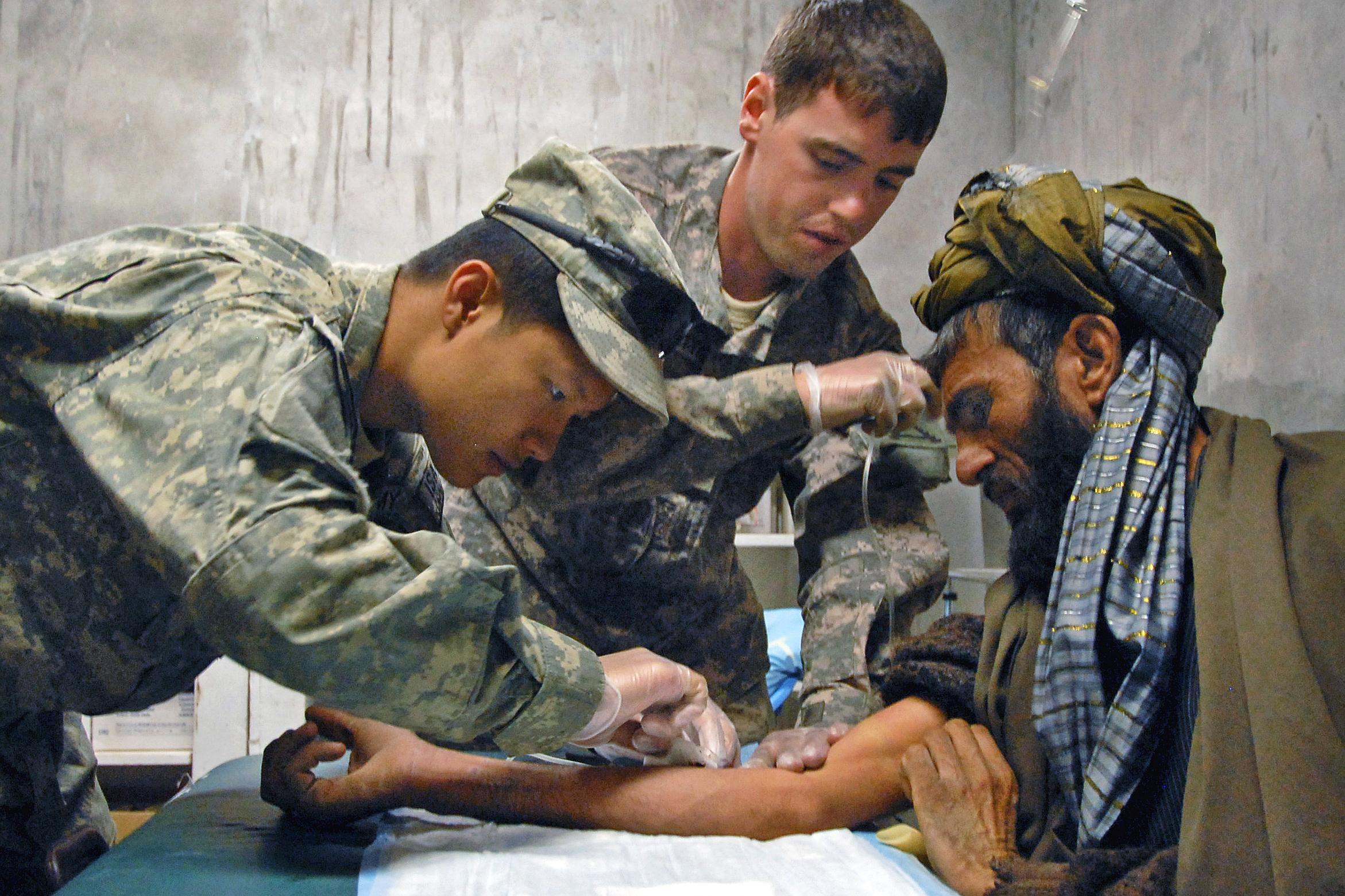 File Flickr The U S Army Helping Village Elders Jpg