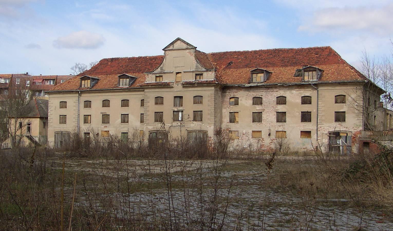 A former hunting lodge in [[Fürstenwalde