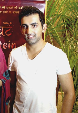 The 36-year old son of father Deepak Gambhir and mother Seema Gambhir Gautam Gambhir in 2018 photo. Gautam Gambhir earned a  million dollar salary - leaving the net worth at 20 million in 2018