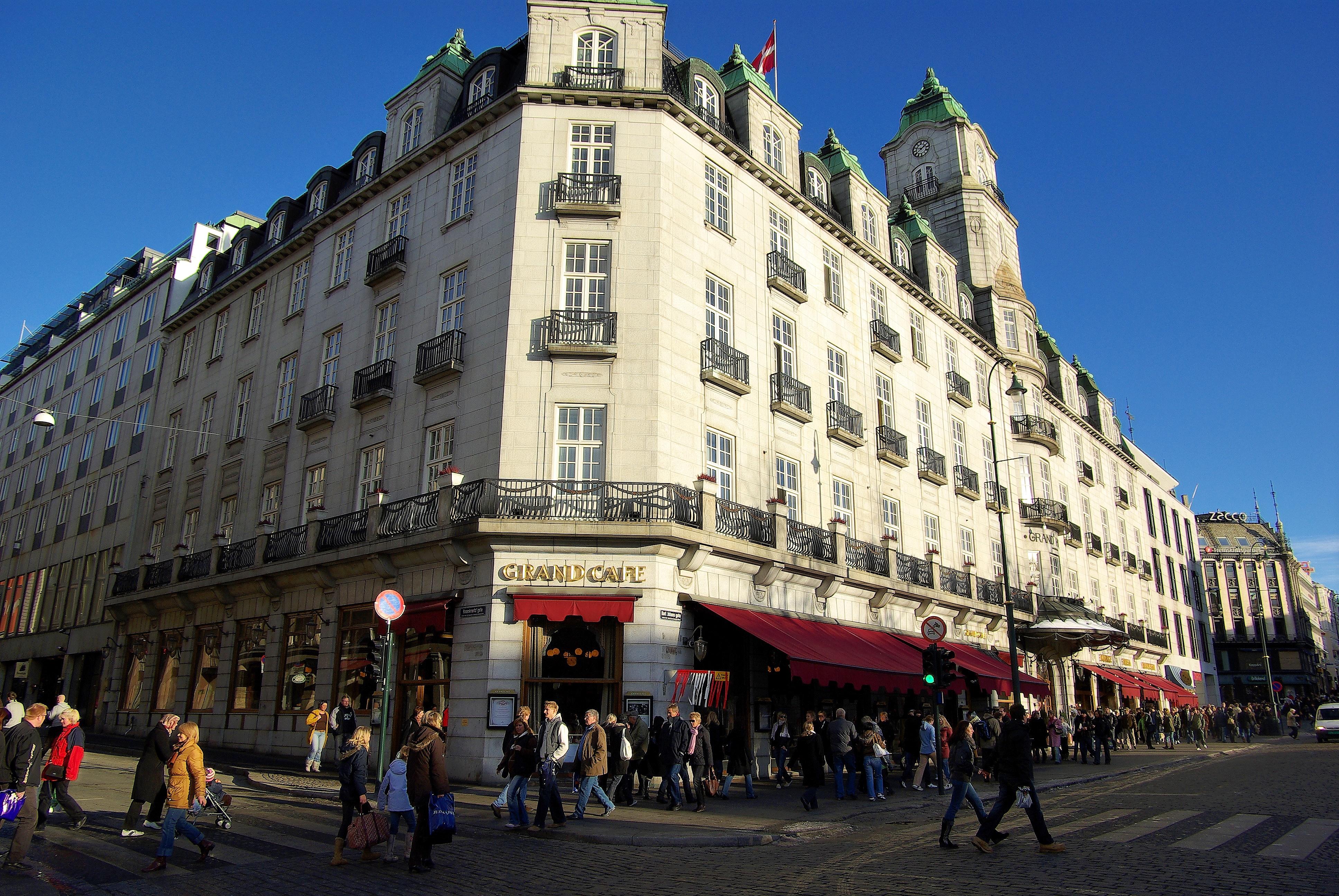 Le Grand Cafe Sf