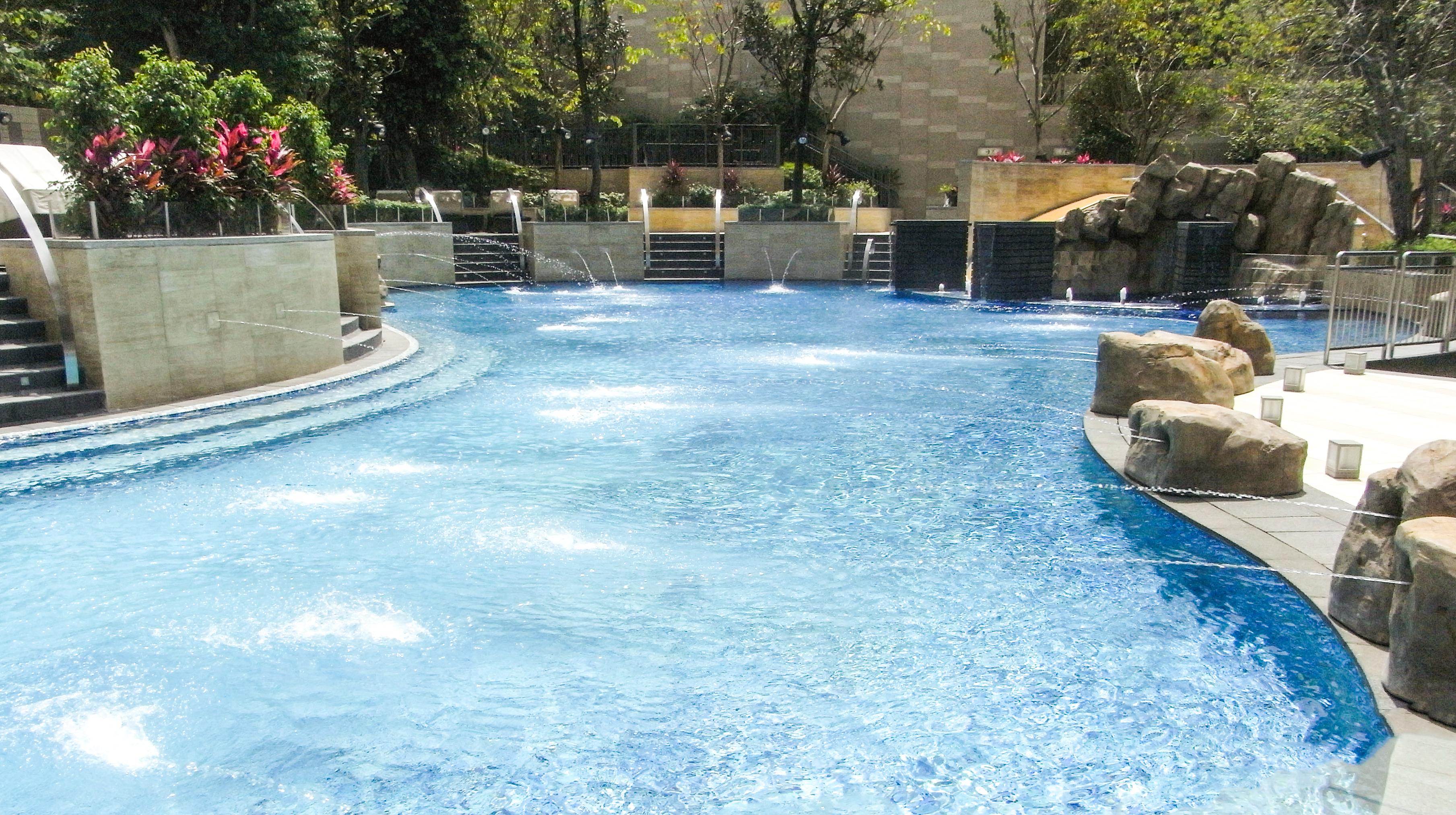 File Hk Tai Wai Hill Paramount Club House Swimming Pool April 2011 Jpg Wikimedia Commons