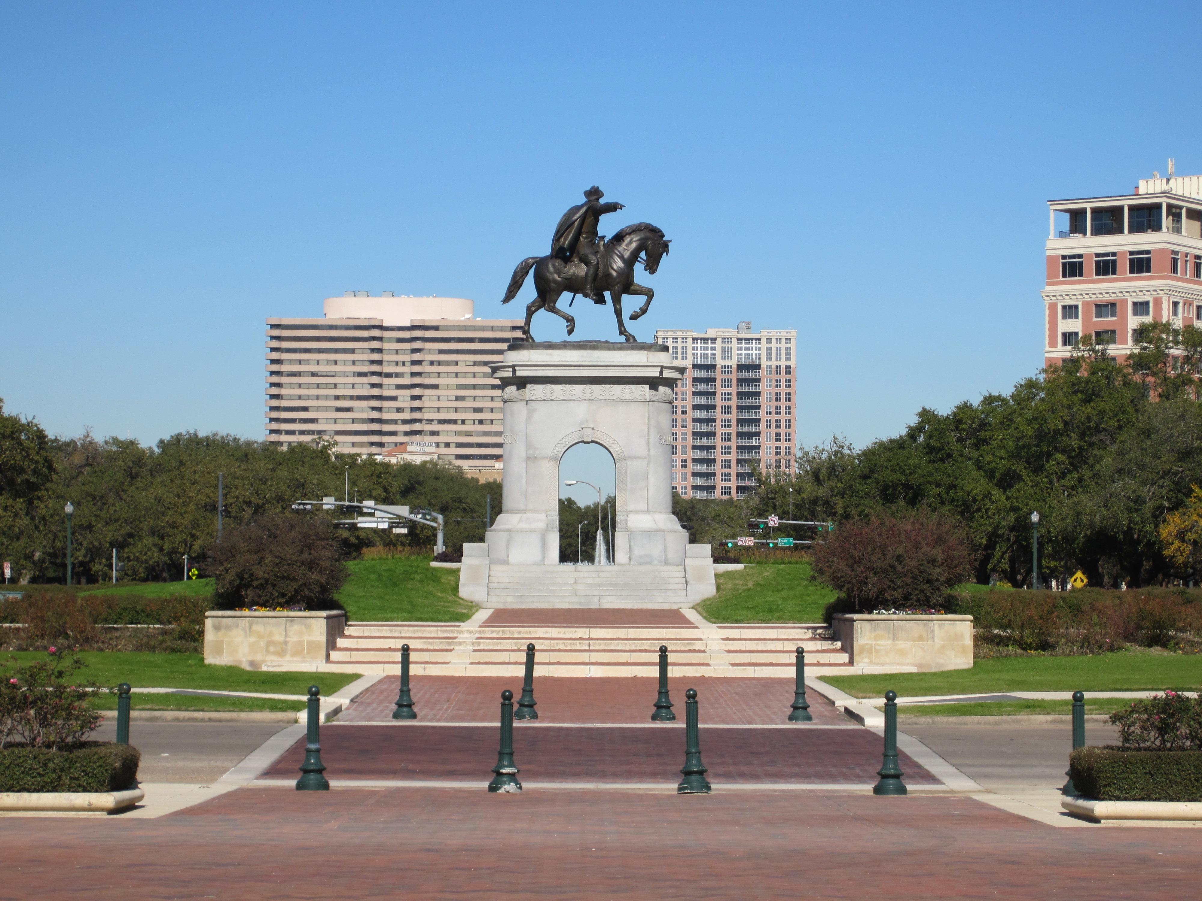 Hermann Park, Sam Houston monument, 2012.JPG