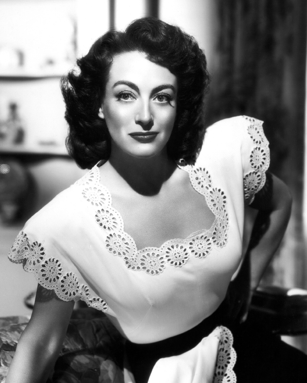 Mama (Joan Crawford)