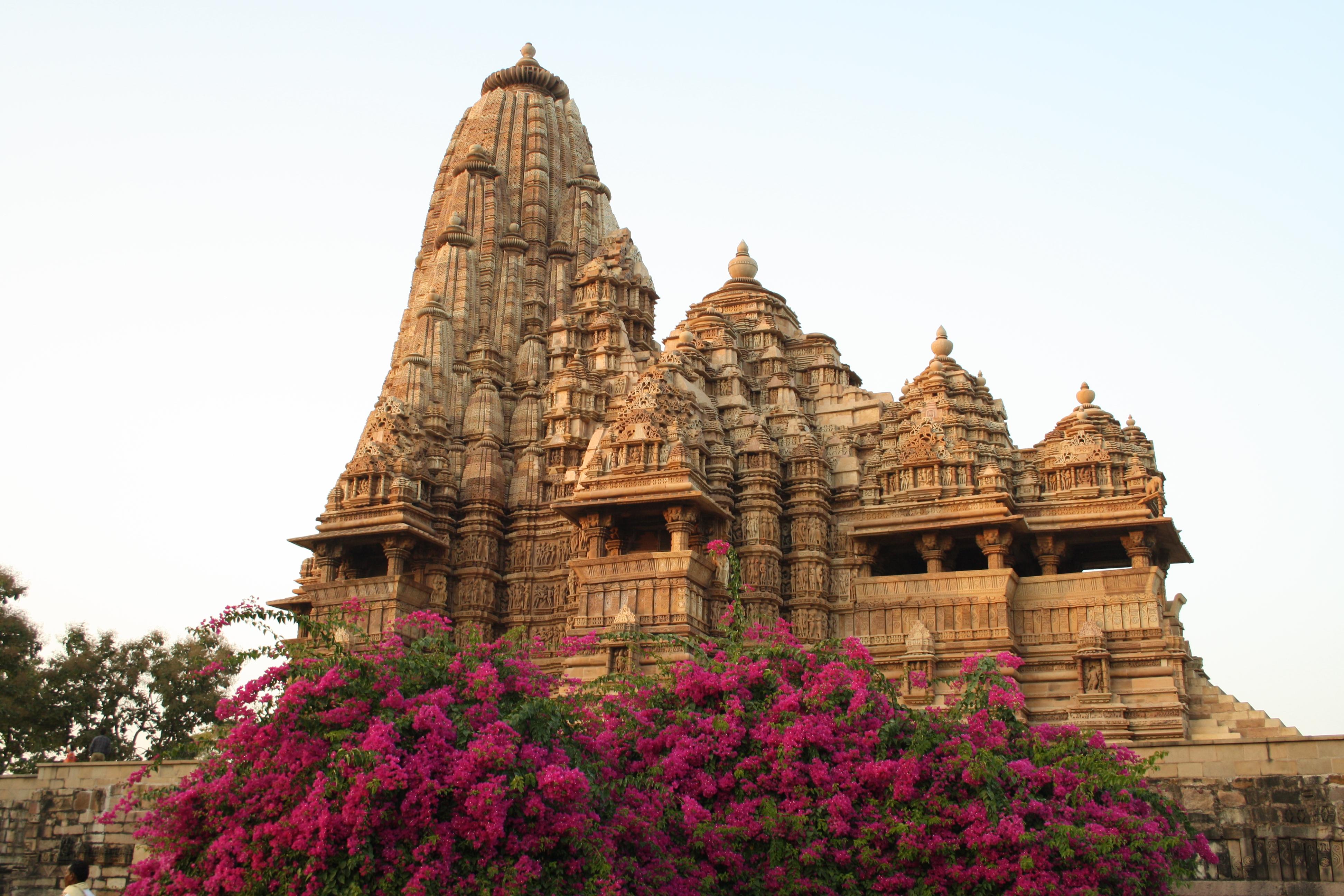 Kandariya Mahadeva Temple File kandariya mahadev templeKandariya Mahadeva Temple Inside