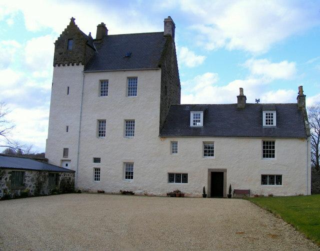 Kinnairdy Castle - geograph.org.uk - 746908.jpg