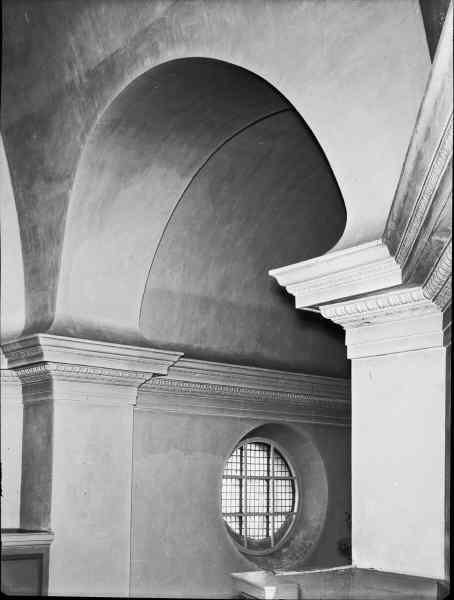 File:Kung Karls kyrka - KMB - 16000200096919.jpg