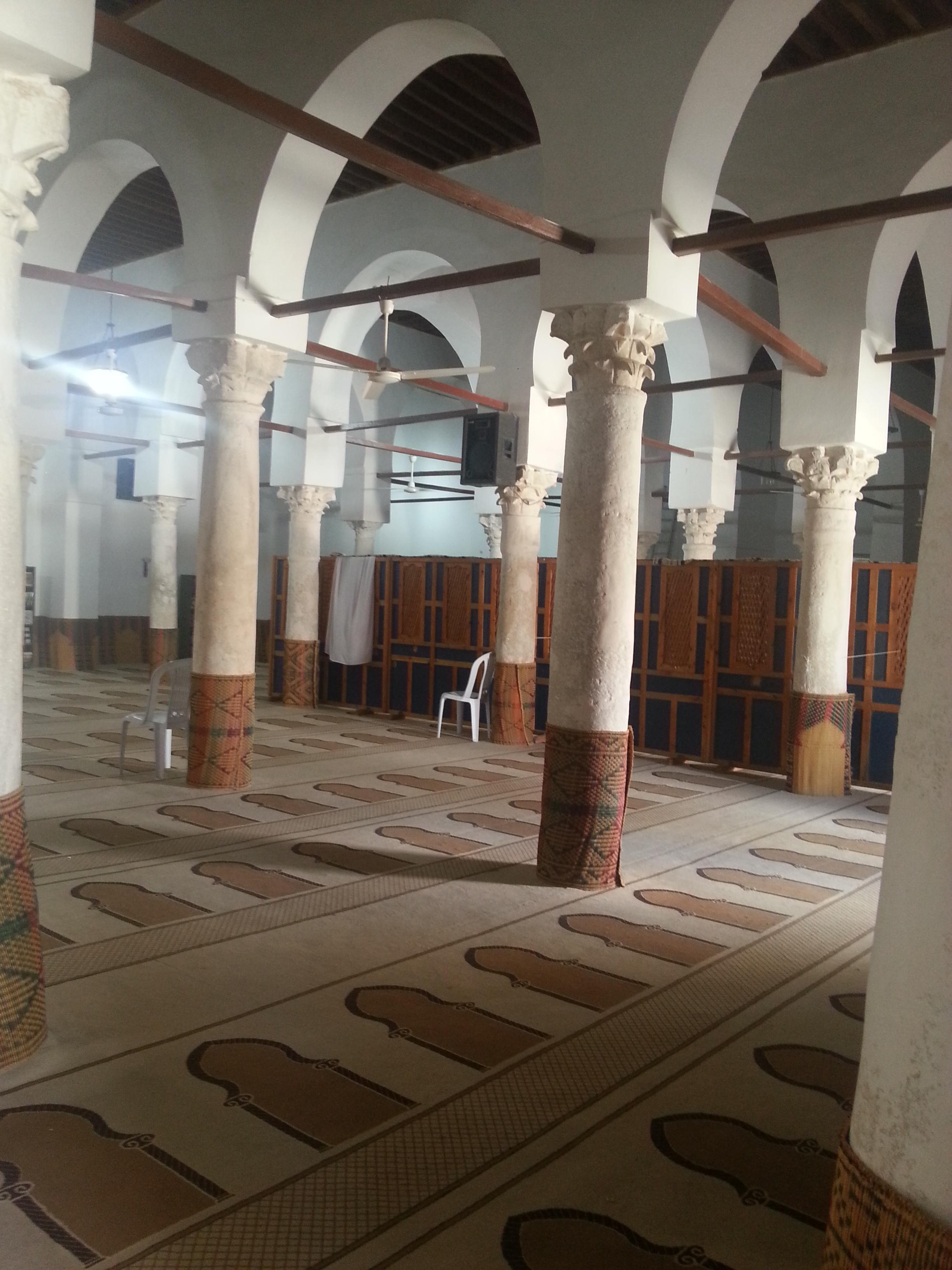 File:La Grande mosquée de Gafsa vue de l\'intérieur 15.jpg ...