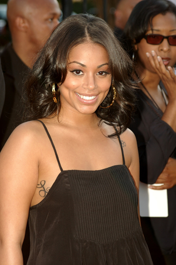 The 32-year old daughter of father Gary Paul London and mother Terri Lynn Conner, 157 cm tall Lauren London in 2017 photo