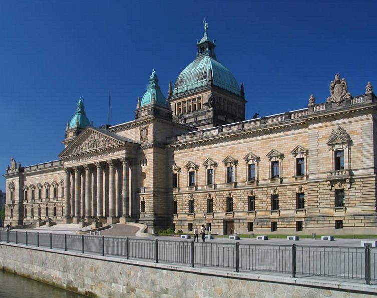 Das 1895 erbaute Reichsgerichtsgebäude in Leipzig wird seit 2002 als Bundesverwaltungsgericht genutzt.