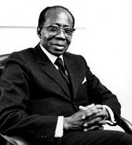 https://upload.wikimedia.org/wikipedia/commons/f/f4/Leopold_Sedar_Senghor_%281987%29_by_Erling_Mandelmann_-_Crop.jpg