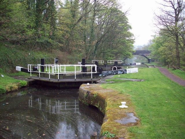 Long Lees Lock, On Calderdale Way - geograph.org.uk - 882279
