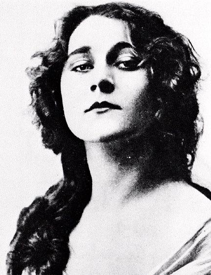 File:Louise Lovely headshot ca. 1913.jpg